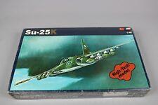 ZF650 OEZ ZSE Plastikovy Model 1/48 maquette avion N°3 SU-25K High Tech model