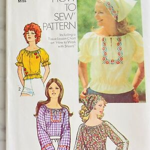 """1970s Peasant Blouse Pattern Vintage Top Head Scarf Easy Sewing 38-40"""" Bust"""