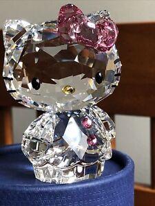 Swarovski crystal figurine Sanrio Hello Kitty Pink Bow 1096877 New in Box.
