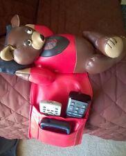 VINTAGE REMOTE HOLDER PHONE HOLDER TV GUIDE HOLDER ARM REST BEAR THE ITEM CO