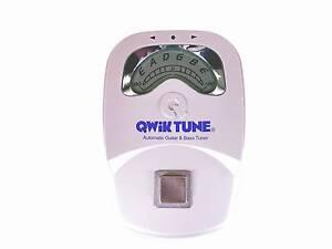 Qwik Tune QT-10 Pedal Guitar Tuner BRAND NEW