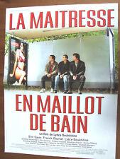 AFFICHE LA MAITRESSE EN MAILLOT DE BAIN LYECE BOUKHITINE 2002 40 X60 CM