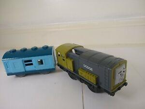 Thomas & Friends Dodge Trackmaster Motorized Train Engine Blue Car Mattel 2009