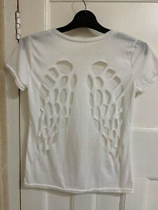 Unbranded white Angel wings Cut out T shirt,medium size,used.