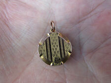 Beautiful VICTORIAN 9ct GOLD Back & Front engraved LOCKET in VGC
