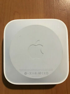 Apple Airport Express A1392 2nd Gen 802.11n Dual-Band 2.4  5 Fast Free Shipping
