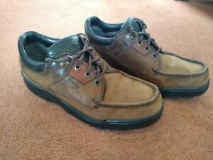 MENS SHOES SIZE 9 1/2 (44) BROWN SUEDE CLARKS