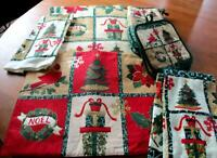 11 Pc Holiday Linen Set Mitts Pot Holders,Tea Towels Runners  Free Ship   (0073)