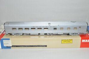 HO Walthers Santa Fe Ry 85' streamlined passenger car train BUDD GRILL-DINER