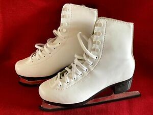 American Athletics Womens Ladies Tricot Lined Figure / Ice Skates Size 5 Eur. 35