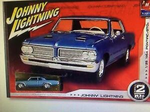 discontinued 1:25 64 pontiac GTO  amt model & johnny lightning GTO NEW IN THE BO