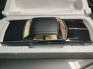 Buick Electra 225 4 Porte Hardtop Nero 1968 BOS scala 1/18 Nuovo con scatola.