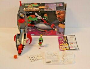 Excellent MICHAEL JORDAN Toy: Space Jam -Marvin's Countdown Rock-O-Tron Complete