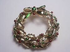 Designer brooch pin Gerry Christmas wreath green and red on gold tone base nice
