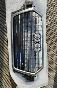 Genuine Audi Q7 Front Bumper Grill 4m SQ7 2016 +