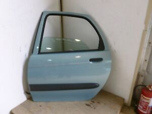CITROEN XSARA PICASSO 2003 COMPLETE N/S REAR PASSENGER DOOR IN BLUE KNBC
