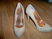 BCBGENERATION TAN LEATHER VERY SEXY PUMP HEEL SHOES 8M NEW BEAUTIFUL