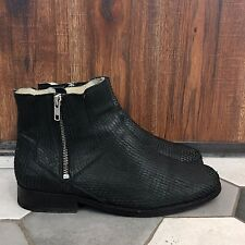 SURFACE TO AIR BOOTS WITH ZIPS PYTHON EFFECT SIZE 41 GOOD USED BLACK COLOR S2A