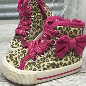 Osh Kosh Genuine Kids Girls High-Top Chuck Leopard Print Pink Bow Zip-Up Size 2C