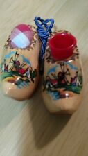 ***Vintage Wooden Shoe PIN CUSHION and THIMBLE Holder (Holland)***