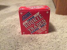 1988 Score Rookie and Traded Card Set  Baseball Card Set MLB