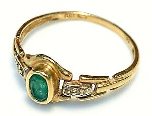 Magnificent Ring Gold 18 Carat - Emerald And Diamonds 0.02 1,68 G