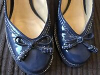 Clarks Patent Blue Leather Heeled Smart Shoes Size 4
