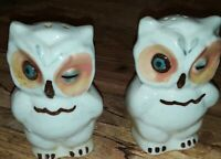 VINTAGE '50's SHAWNEE POTTERY WINKING OWL SALT & PEPPER SET