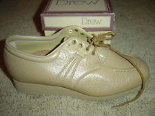 Drew Footsaver Trader Tan Beige Women's Shoes - Size 5.5 Wide - Oxford NEW