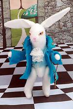 """Handmade Art Fantasy poupée lapin """"alice au pays des merveilles"""" thème Clé Montre Unique"""