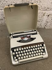 Vintage Brother Deluxe 900 Portable Typewriter In Case