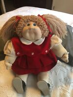 Rare 1980 Vintage Little People Cabbage Patch hand signed by Xavier Roberts .