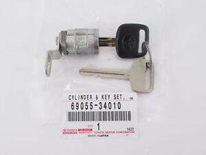 Genuine OEM Toyota 69055-34010 Rear Tailgate Lock Cylinder Key Set 00-06 Tundra