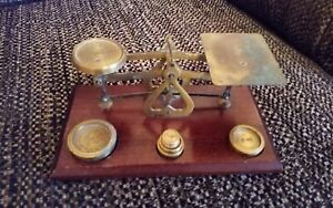 Vintage/Antique Small Post Office Scales with Weights