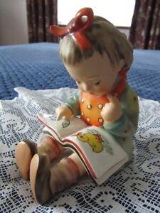 VINTAGE HUMMEL GOEBEL GIRL BOOKWORM FIGURINE - LITTLE GIRL WITH A BOOK 11.5 cm