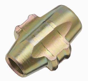 8 X GENUINE Dynomec Blade C for use with the Dynomec Locking Wheel Nut Remover