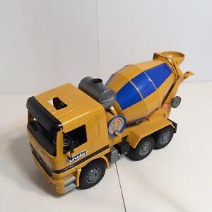 BRUDER 2001 MX 5000 Cement Mixer Mercedes Actros 4143 Truck Construction Vehicle
