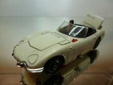 CORGI TOYS TOYOTA 2000 GT JAMES BOND 007 - WHITE 1:43 - GOOD CONDITION