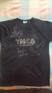VILLAGE PEOPLE  Large signed t shirt brand new all band rare to find with COA