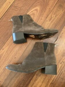 Peluso Italia 39 brown suede chelsea ankle boot with a low heel