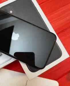 Apple iPhone 11 - 128GB - Black (Unlocked) A2111 (CDMA + GSM)