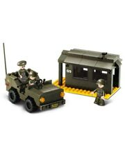 Sluban  Army HQ Base Jeep  & Figures Army Construction brick set Childs B6100