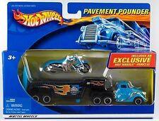 Hot Wheels 2002 Pavement Pounder Custom Muscle Bikes Scorchin' Scooter New