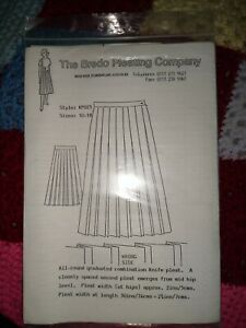 BREDO PLEATING CO SKIRT SEWING PATTERN SIZES 10-18 NEW