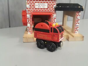 Sodor Fire Department No. 36 - THOMAS & FRIENDS ENGINE TRAIN WOODEN 2000