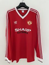 Manchester United 1982 - 1983 Home Long Sleeve Retro Shirt