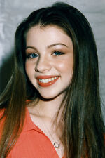Michelle Trachtenberg Smiling Pose Color 11x17 Mini Poster