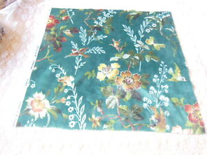 Velvet Floral Fabric Sample/Remnant, 43 x 42cm