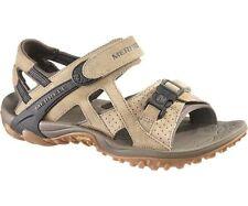 Sandali e scarpe beige casual in camoscio per il mare da uomo