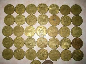 UK GB LOT OF 37 1942 - 1967 ThreePence 3p Brass Coins, see pictures for details.